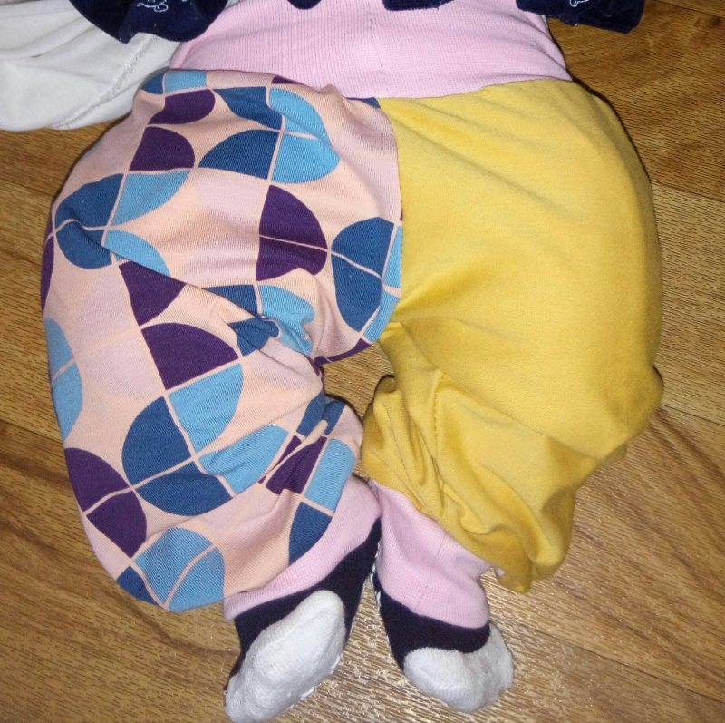 Kleinesbild - niedliche Pumphose/ Haremshose für Kleinkinder Gr 68