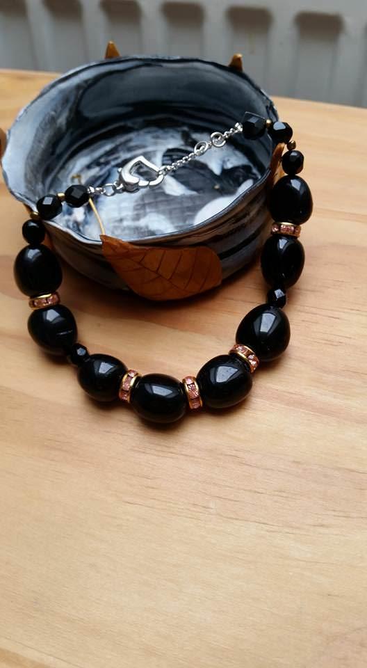 - Onyx- Armband- schwarz- mit Swarovski Kristallen - Onyx- Armband- schwarz- mit Swarovski Kristallen