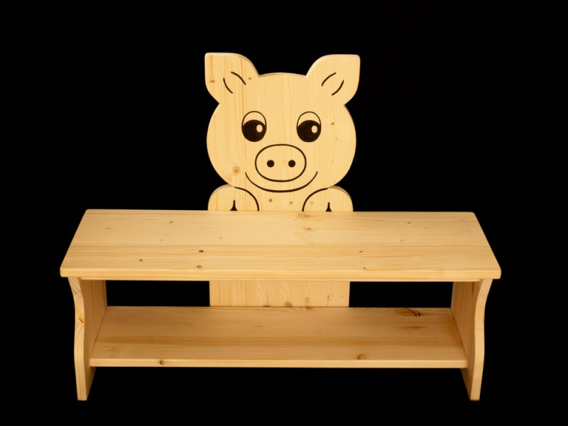 kinderm bel kinderbank schwein aus holz sitzbank f r kinder schuhbank kindersitzbank. Black Bedroom Furniture Sets. Home Design Ideas