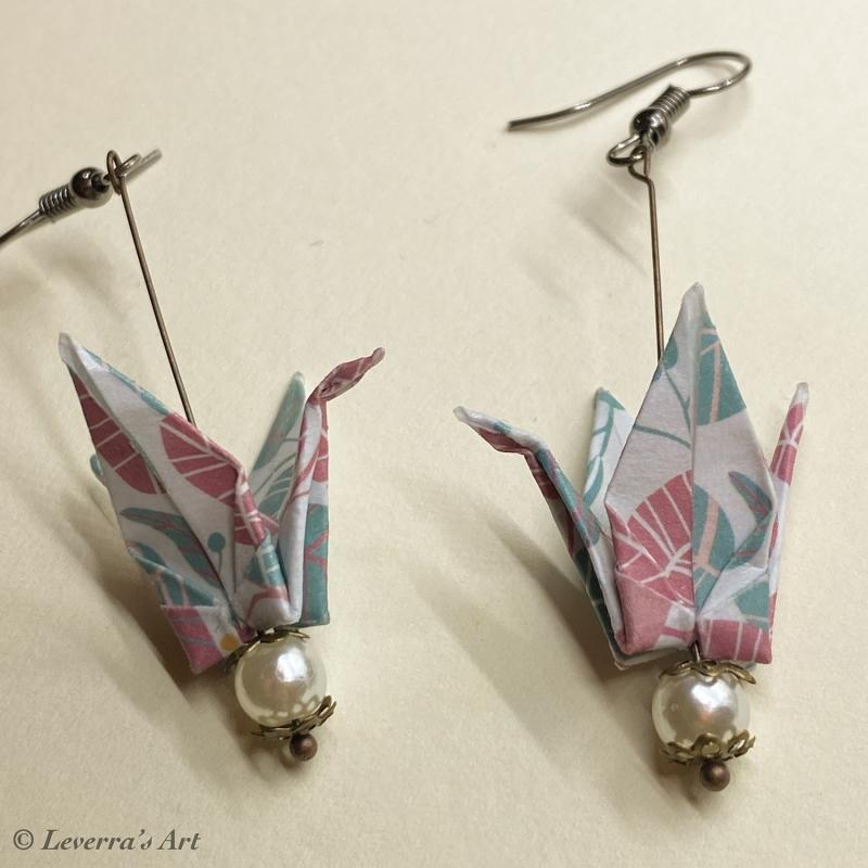 Kleinesbild - Origami Kranich Ohrringe, Japanisch, Handgemacht Schmuck, Perfektes Geschenk, bunt