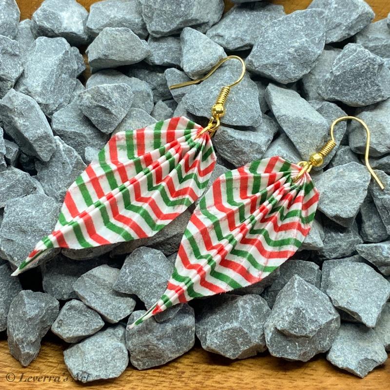 Kleinesbild - Origami Groß Blätter Ohrringe, Japanisch, Handgemacht Schmuck, Perfektes Geschenk, bunt, Streifen