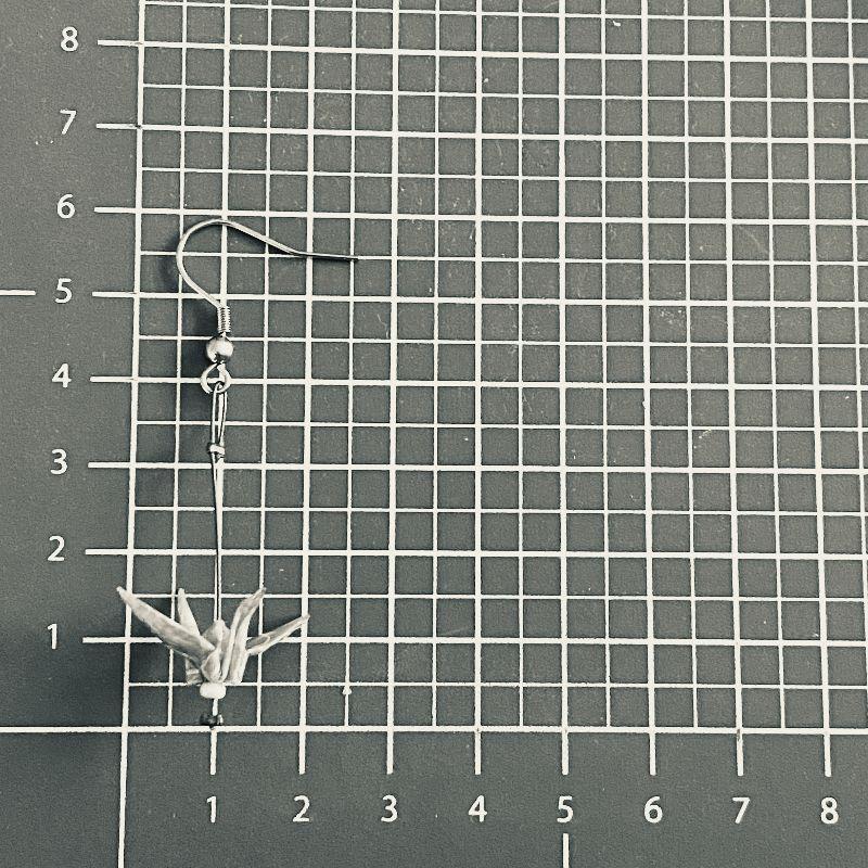 Kleinesbild - Origami Ohrringe, Kranich Ohrringe, Hypoallergen Ohrringe, Glücksbringer,Erhältlich in Chirurgenstahl Titan Clips, Geschenk mit Bedeutung, Papier Schmuck, Statement Ohrringe *