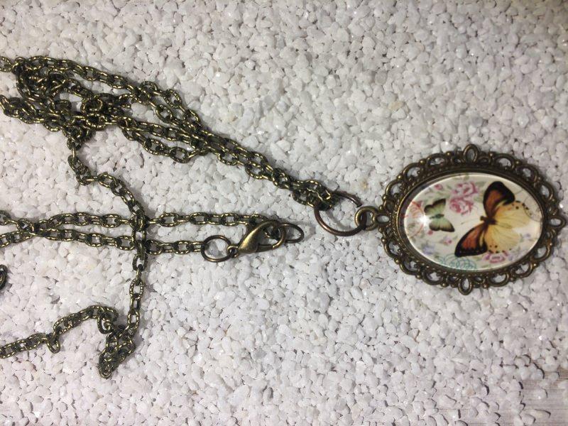 - Handgemachte cabochon Halskette  - Handgemachte cabochon Halskette