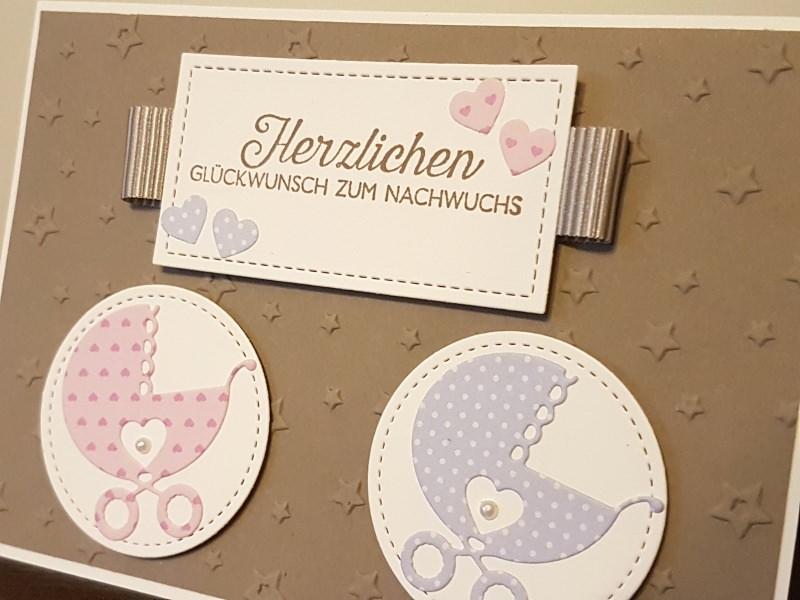 - Handgefertigte Glückwunschkarte zur Geburt/Taufe von Zwillingen - Handgefertigte Glückwunschkarte zur Geburt/Taufe von Zwillingen