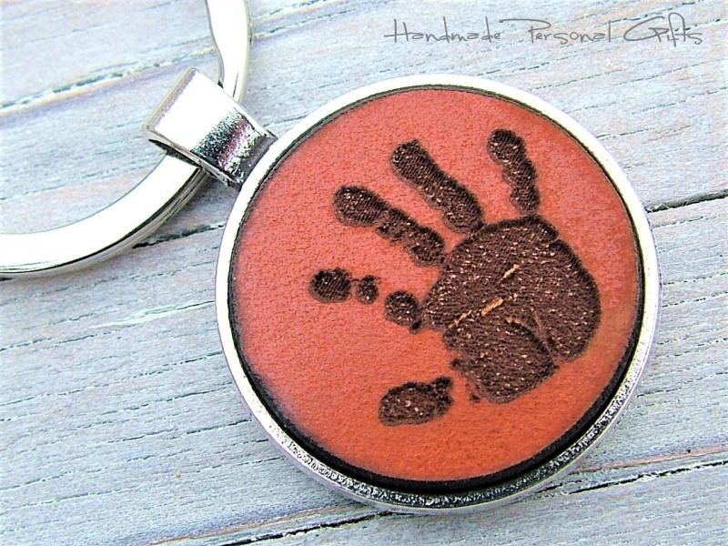 Kleinesbild - Ein schöner Handabdruck, Schlüsselanhänger, Fußabdruck, Symbol, Erinnerungskeychain, Hundetatze, Muttertag