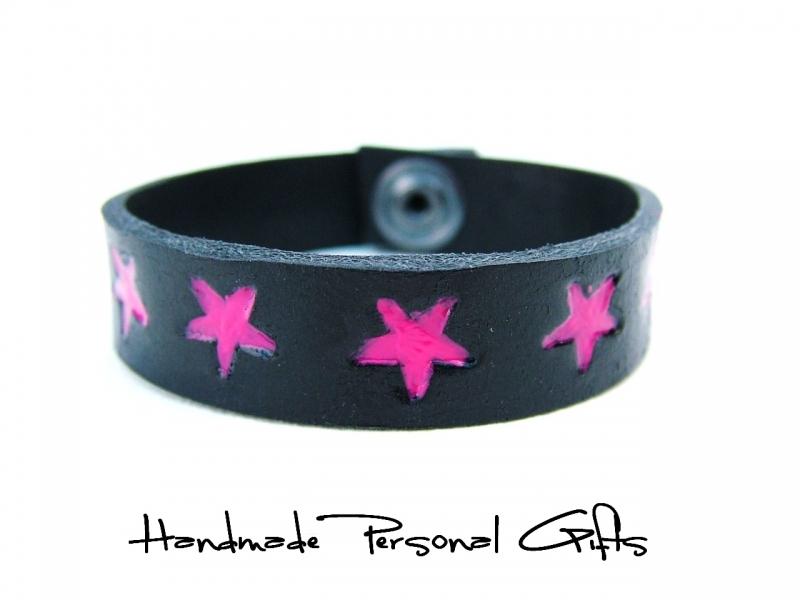 - Kinderarmband, Lederarmband, Sterne, Stern, Sternarmband, einzigartiges Armband, roza, benutzerdefiniertes Armband - Kinderarmband, Lederarmband, Sterne, Stern, Sternarmband, einzigartiges Armband, roza, benutzerdefiniertes Armband