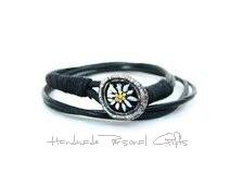 - Leder wickelarmband mit einem schönen Edelweiß als Hingucker, Edelweis, Blume, Blumenhalskette, als Halskette zu verwenden, Lederarmband  - Leder wickelarmband mit einem schönen Edelweiß als Hingucker, Edelweis, Blume, Blumenhalskette, als Halskette zu verwenden, Lederarmband