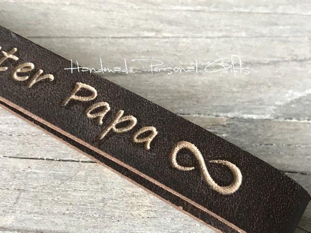 Kleinesbild - Schlüsselanhänger aus Leder, Vollständig anpassbar, ich liebe dich, Bester Papa, Namensanhänger, benützerdefiniert, Valentinstag, handgemachte accessoires, Infinity