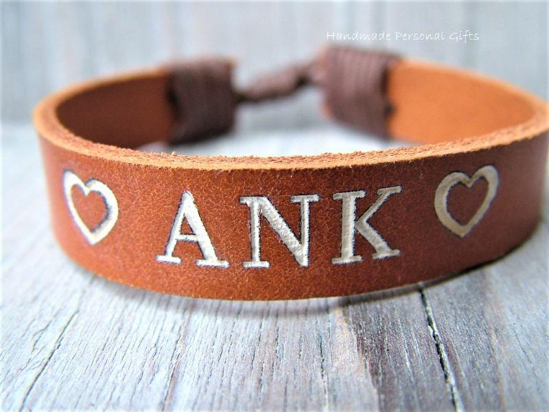 - Namensarmband, Lederarmband, Armband mit Text, mit Namen,Telefonnummer, Geburtstagsgeschenk, ich liebe dich, infinity, Herz - Namensarmband, Lederarmband, Armband mit Text, mit Namen,Telefonnummer, Geburtstagsgeschenk, ich liebe dich, infinity, Herz