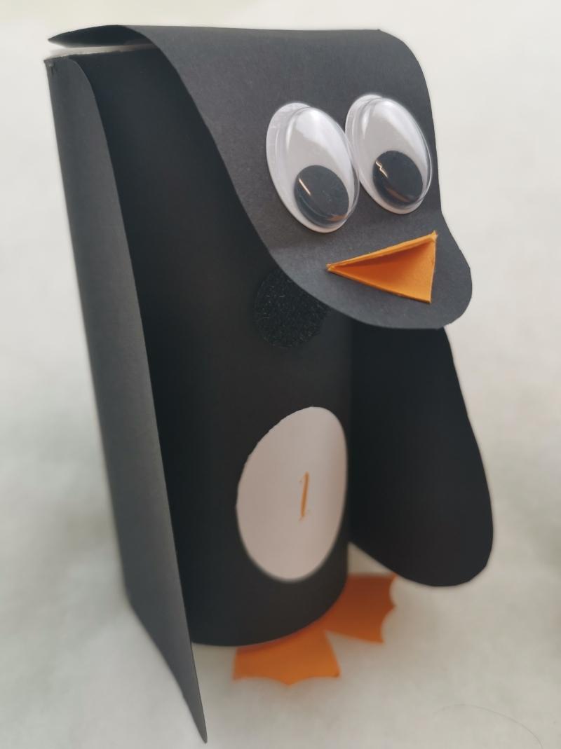 Kleinesbild - handgemachter Adventskalender Pinguine auf Eisscholle zum Selberbefüllen