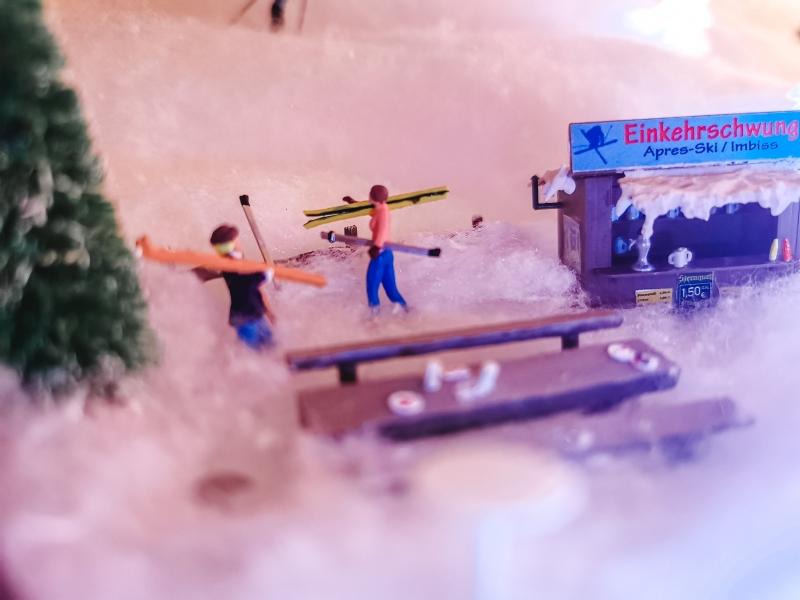 Kleinesbild - handgemachter Adventskalender beleuchtete Gondelbahn zum Selberbefüllen