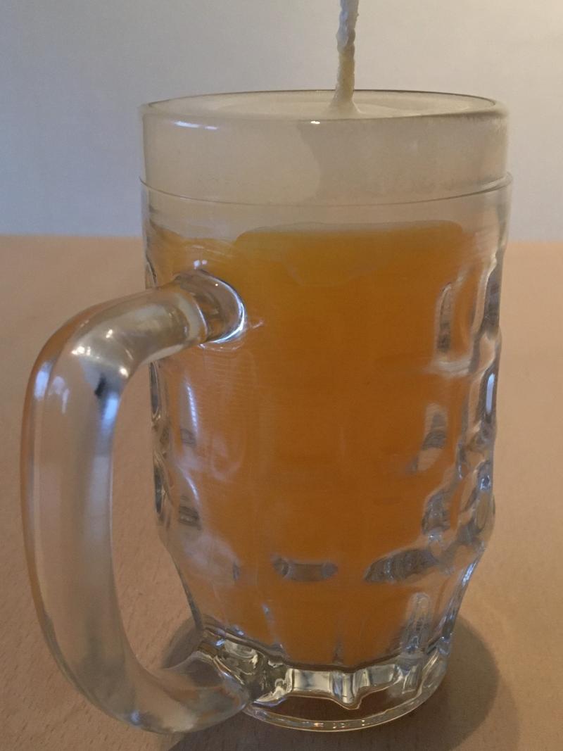 Kleinesbild - Selbst gemachte Paraffinwachs Bierglas Kerze  Gelb-Weiß