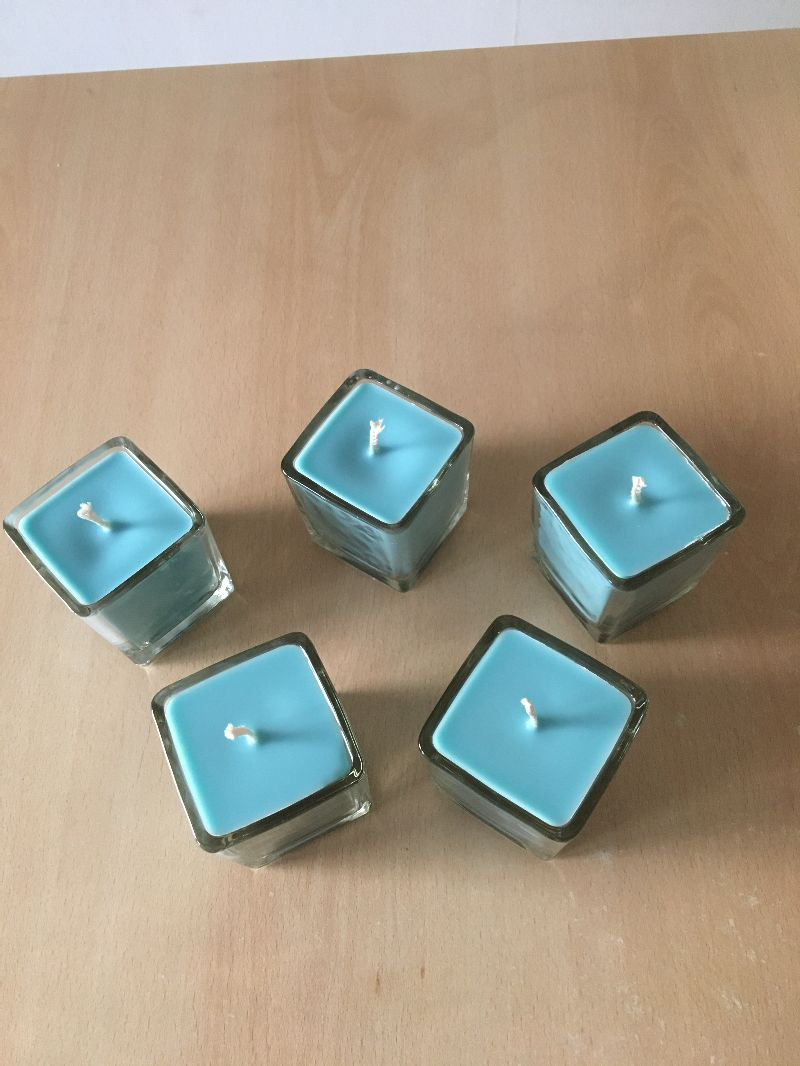 Kleinesbild - Selbst gemachte Rapswachs Würfelglas  Kerze  Blau
