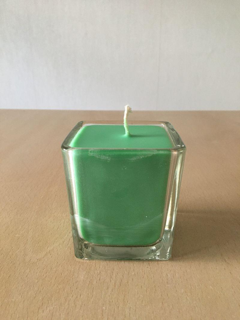 Kleinesbild - Selbst gemachte Rapswachs Würfelglas  Kerze  Grün