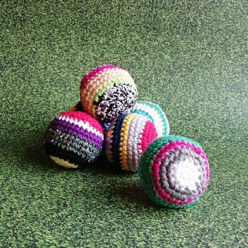 Kleinesbild - Dreier-Set Jonglierbälle gehäkelt mit Kirschkernen gefüllt mit Kurzanleitung ⭐ Jonglieren lernen ⭐