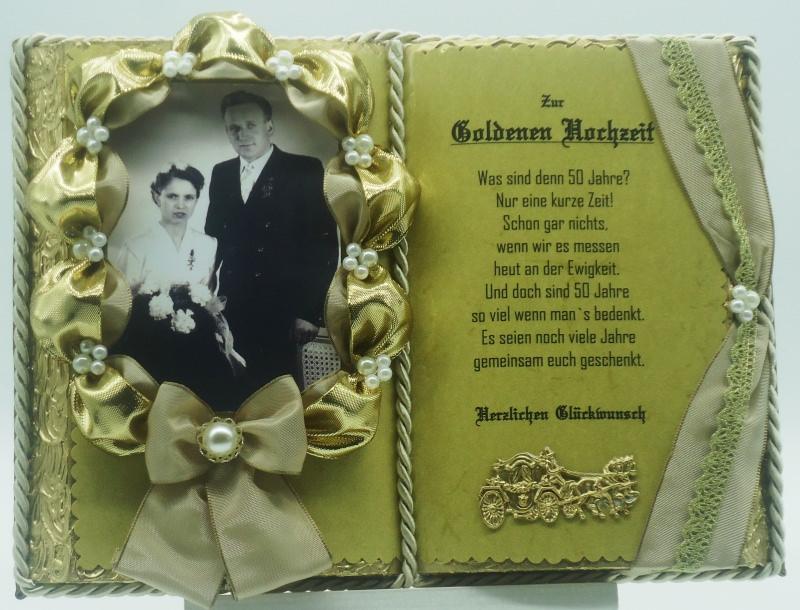 - Deko-Buch Goldene Hochzeit für Foto mit Holz-Buchständer - Deko-Buch Goldene Hochzeit für Foto mit Holz-Buchständer