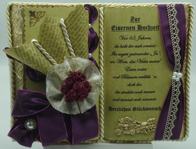 - Deko-Buch zur Eisernen Hochzeit mit Holz-Buchständer - Deko-Buch zur Eisernen Hochzeit mit Holz-Buchständer