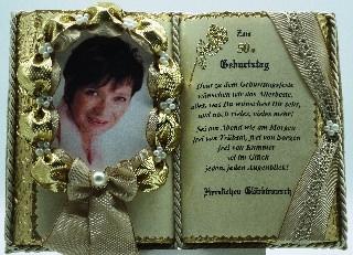 - Dekobuch für Foto zum 50. Geburtstag – mit Holz-Buchständer - Dekobuch für Foto zum 50. Geburtstag – mit Holz-Buchständer