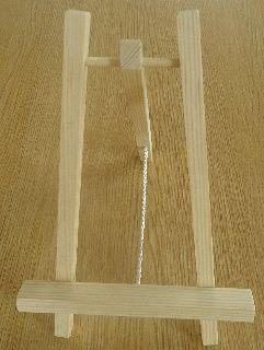 Kleinesbild - Dekobuch zur Perlenhochzeit mit Holzbuchständer