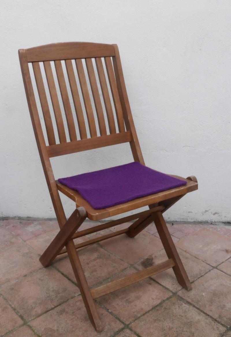 - Sitzauflage aus zertifizierter ( ÖKOTEX 100) Schafwolle Strickfilz violett - Sitzauflage aus zertifizierter ( ÖKOTEX 100) Schafwolle Strickfilz violett