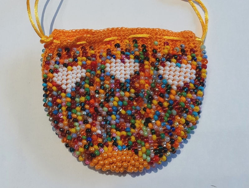Kleinesbild - Perlenbeutel Bunter Mix mit weißen Herzen
