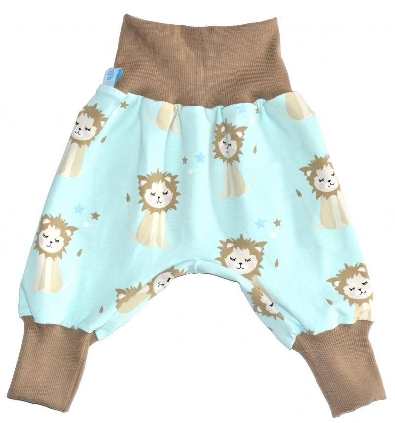 Kleinesbild - Baby oder Kinder Set Pumphose Mütze (Beanie oder Knotenmütze) Löwenjunges