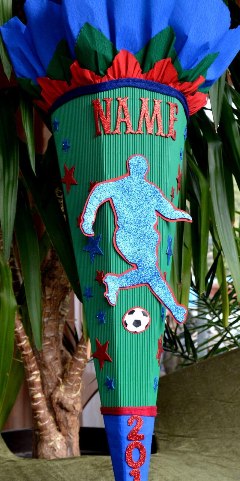 Kleinesbild -  Handgemachte Schultüte Zuckertüte Fußball für Jungs