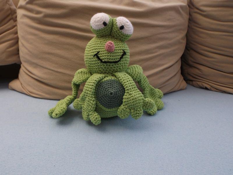 Spielsachen : Gehäkelter Frosch ♥ Diemoni ♥ Gehäkeltes Knuddeltier ...