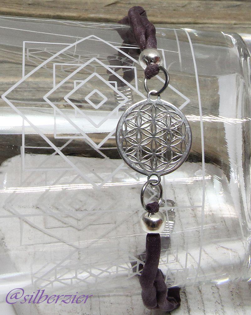 Kleinesbild - Armband Seide violett Blume des Lebens Handarbeit kaufen