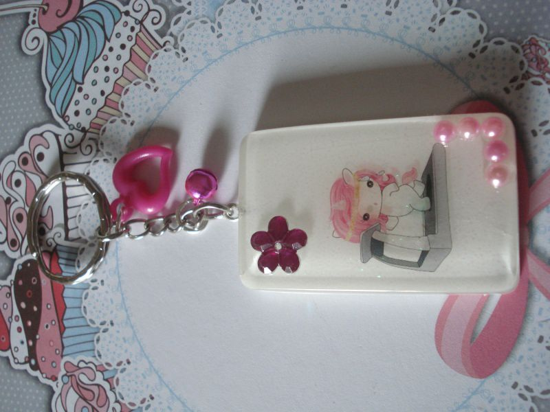 - ♥ süßes Fitness-Einhorn Schlüsselanhänger ♥ aus Kunstharz gegossen - ♥ süßes Fitness-Einhorn Schlüsselanhänger ♥ aus Kunstharz gegossen