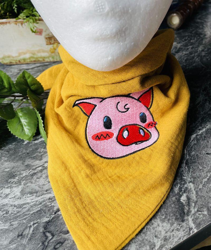 """- Musselinschal Dreieckstuch Tuch Halstuch Motiv """"Schwein""""  für Ihr Kind genäht Unikat - Musselinschal Dreieckstuch Tuch Halstuch Motiv """"Schwein""""  für Ihr Kind genäht Unikat"""