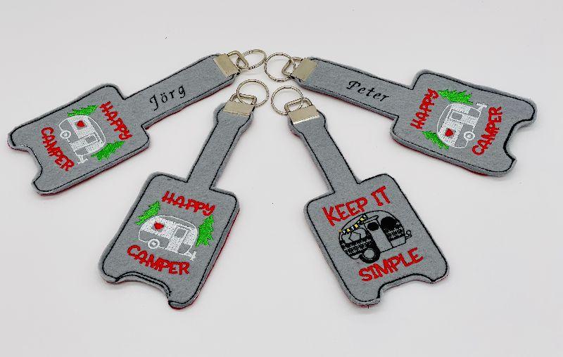 Kleinesbild -  Schlüsselanhänger Schlüsselband personalisiert bestickt, mit Name und Wohnwagen