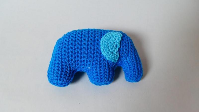 Kleinesbild - Kleiner Elefant zum Kuscheln für Babys und Kleinkinder ♥