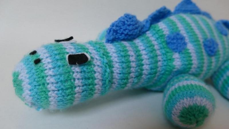 Kleinesbild - Großer, gestreifter Dino für Babys und Kinder ♥
