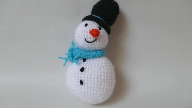 - Gehäkelter Schneemann als Weihnachtsdekoration oder Kuscheltier ♥  - Gehäkelter Schneemann als Weihnachtsdekoration oder Kuscheltier ♥