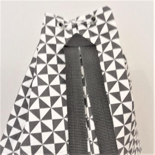 Kleinesbild - Nähanleitung Matchsack Bodo