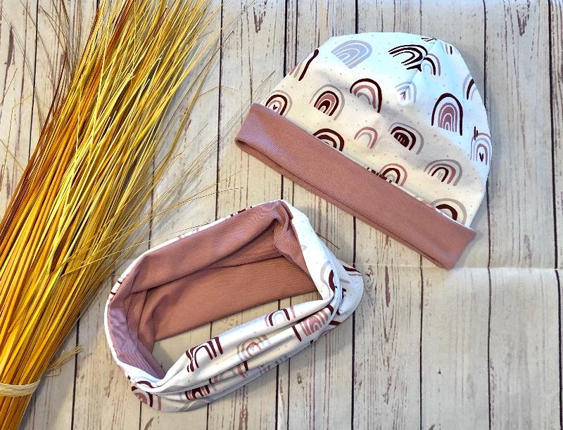 Kleinesbild - Set Baby Wendebeanie und Wendeloop KU 50-52 Regenbogen weiß altrosa, Bio-Jersey, Set Frühjahr Babymütze und loop