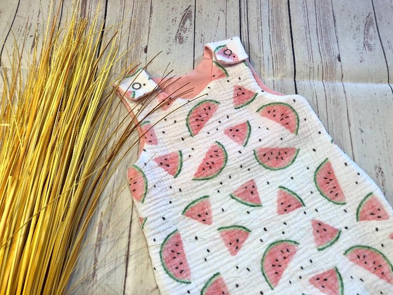Kleinesbild - Strampler Baby Bio-Musselin Gr. 56 Melone rosa Latzhose Overall Romper Spieler Baby, handmade, Waldtiere