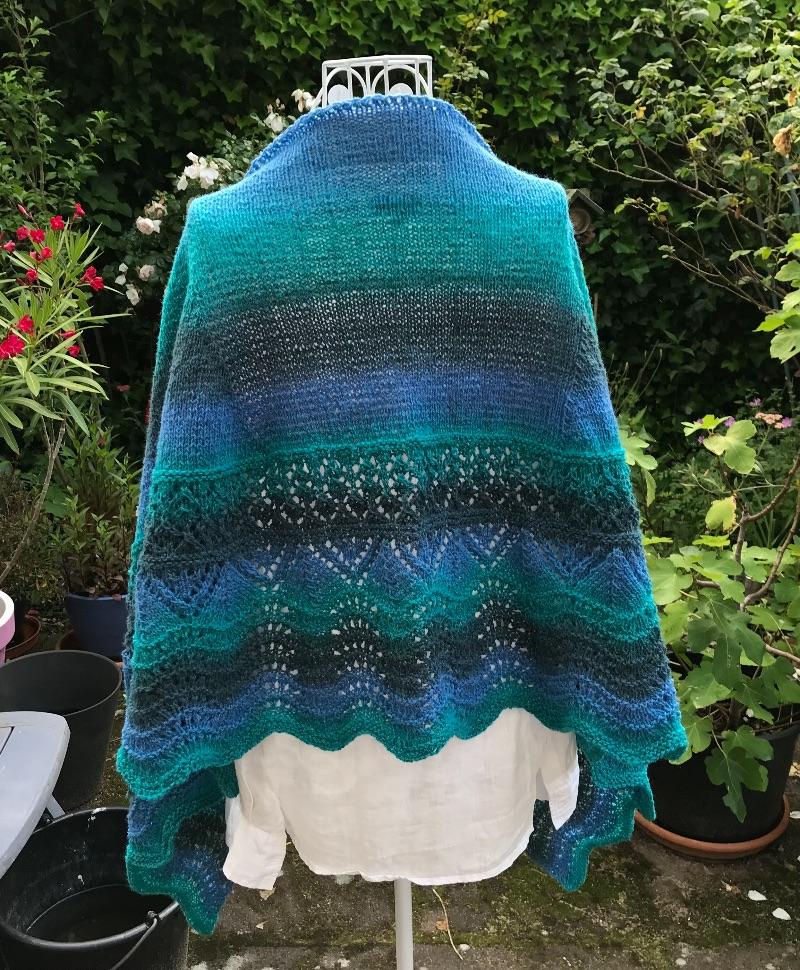 Kleinesbild - Schultertuch Stola *La Cascada* 100% Wolle