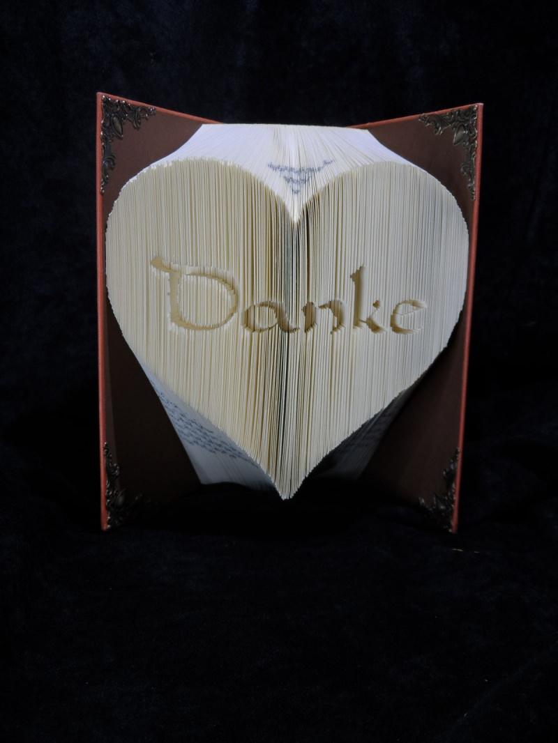 - Gefaltetes Buch Herz mit Danke - Gefaltetes Buch Herz mit Danke