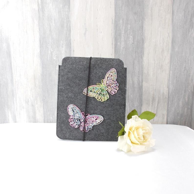 Kleinesbild - Tasche für E-Reader oder Tablett, Filz, Storage bag, mittelgrau, mit Schmetterlinge