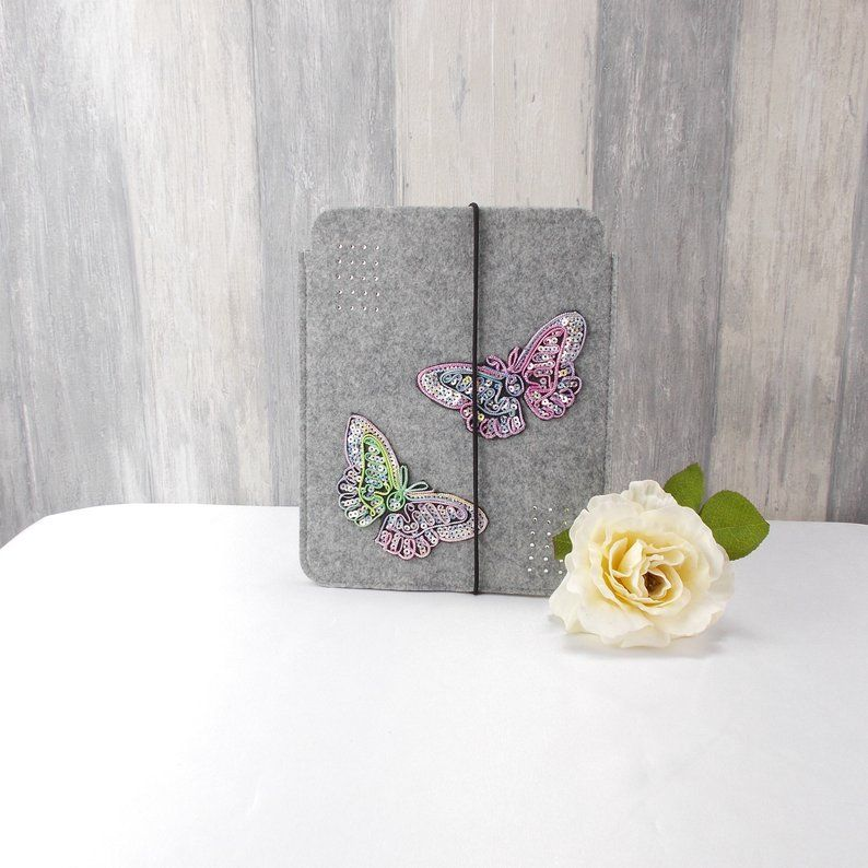 Kleinesbild - Tasche für E-Reader oder Tablett, Filz, Storage bag, hellgrau, mit Schmetterlinge