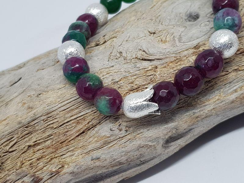 Kleinesbild - Armband aus Jade mit warmer Aussstrahlung kaufen