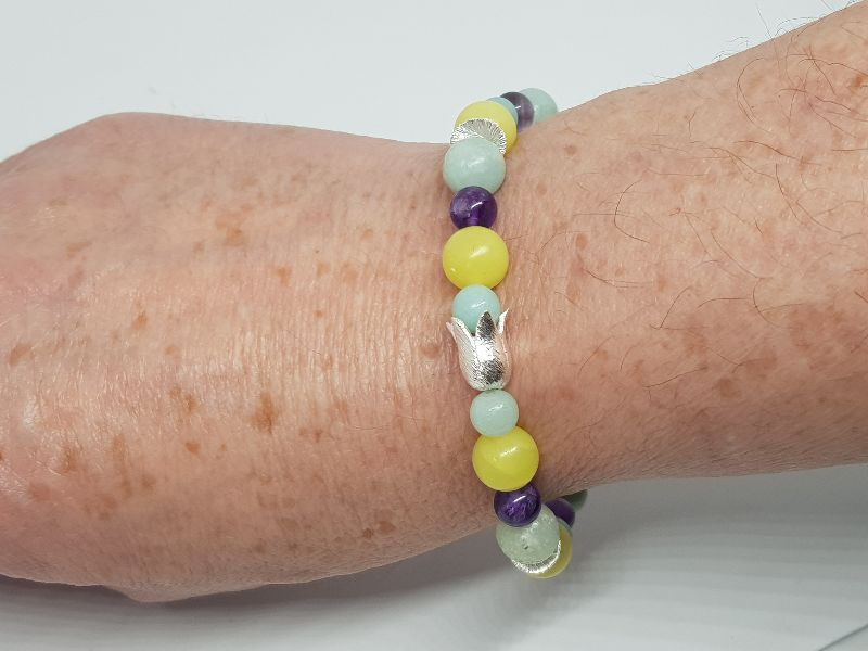 Kleinesbild - Armband aus Lemon Jade, Amazonit & Amethyst wirkt frisch wie der Frühling.