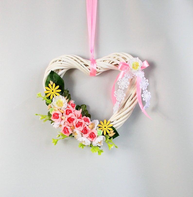 - Türkranz, weißes Herz mit rosa Blüten, Fensetdeko - Türkranz, weißes Herz mit rosa Blüten, Fensetdeko