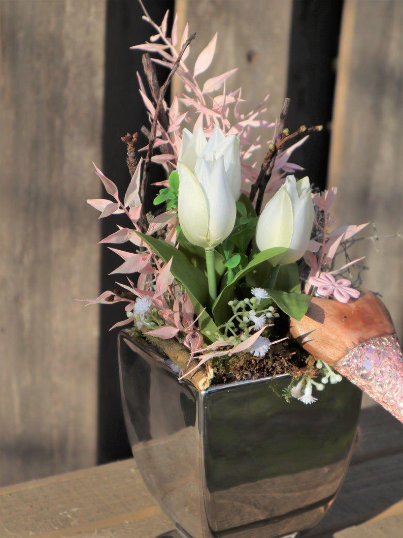 Kleinesbild - Tischdeko silber farbig, elegant mit Herz, Gesteck