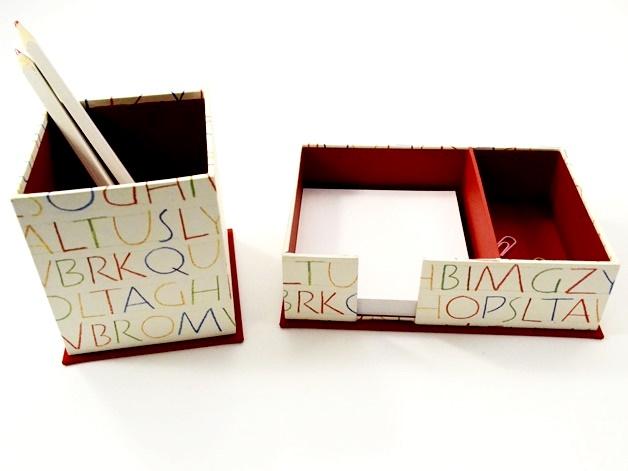 - Zettelkasten und Stiftköcher Set Buchstaben Buchbindehandwerk von Pappelapier  - Zettelkasten und Stiftköcher Set Buchstaben Buchbindehandwerk von Pappelapier