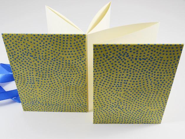Kleinesbild - Leporello Fotoalbum Faltbuch kleine Punkte Buchbindehandwerk von Pappelapier