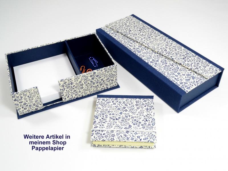 Kleinesbild - Zettelkasten Zettelbox blaue Streublumen Buchbindehandwerk von Pappelapier