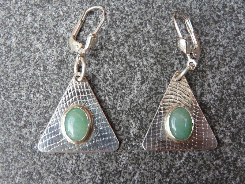 - Ohrhänger aus 925 Silber in ovaler Form mit 8x6 mm Aventurin Steinen  - Ohrhänger aus 925 Silber in ovaler Form mit 8x6 mm Aventurin Steinen
